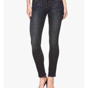 NWT Paige Peg Skinny Jeans